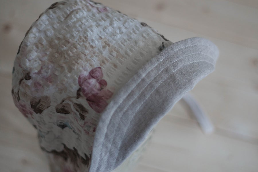 Image of Reversible Organic Gray Linen and Dusty Vintage Florals