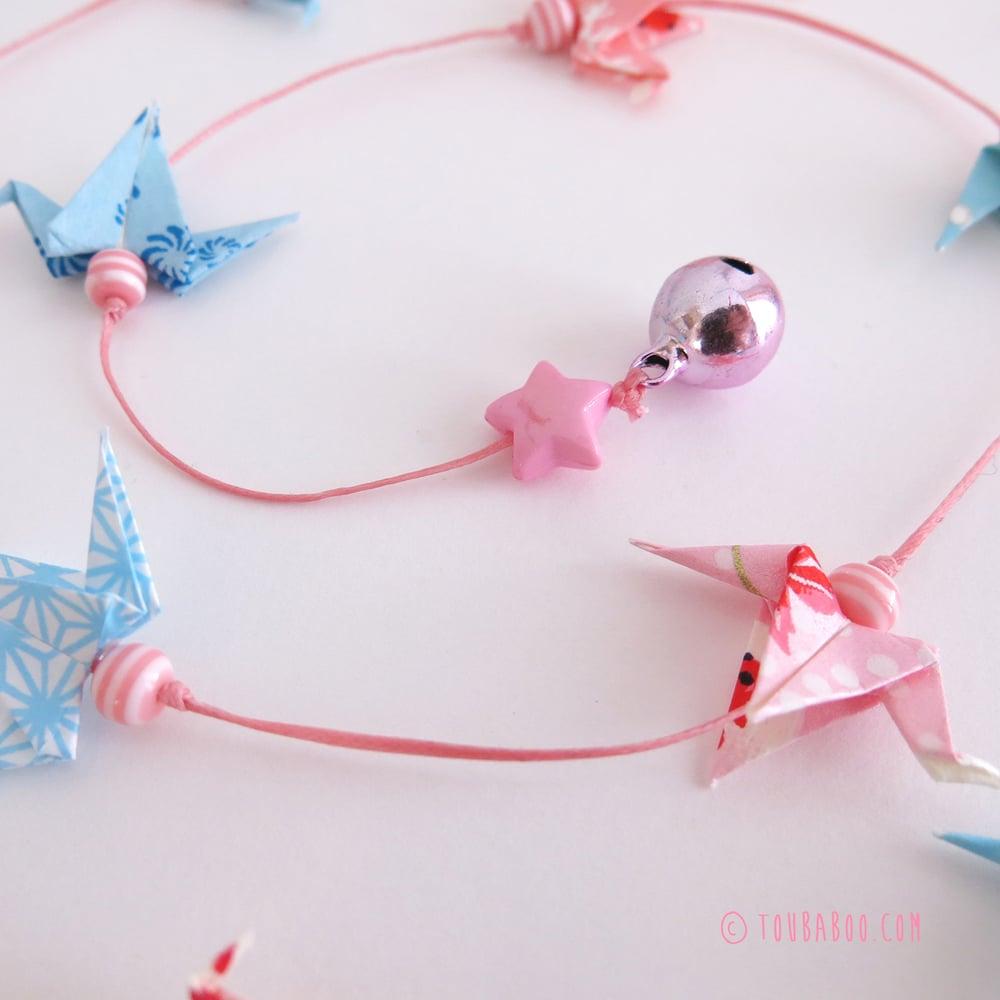 Image of Guirlande origami 16 grues roses et bleues