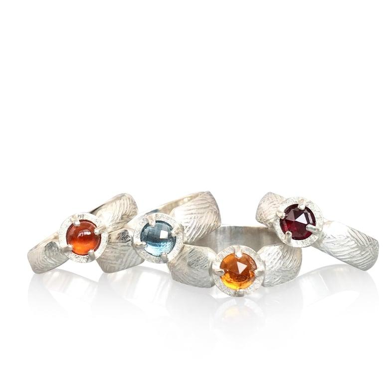 Image of juju gem bands