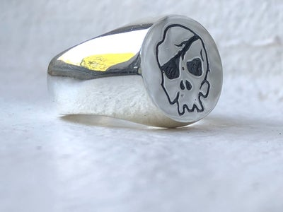 Image of The Skull Ring