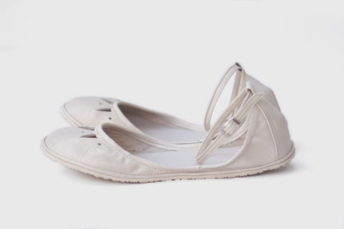 Image of Kali in Light Ivory - Two-piece leather flats