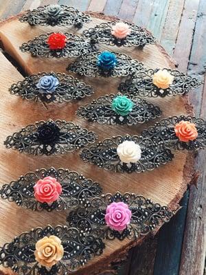 Image of Les bigs barrettes rétros avec fleurs ou illustrations