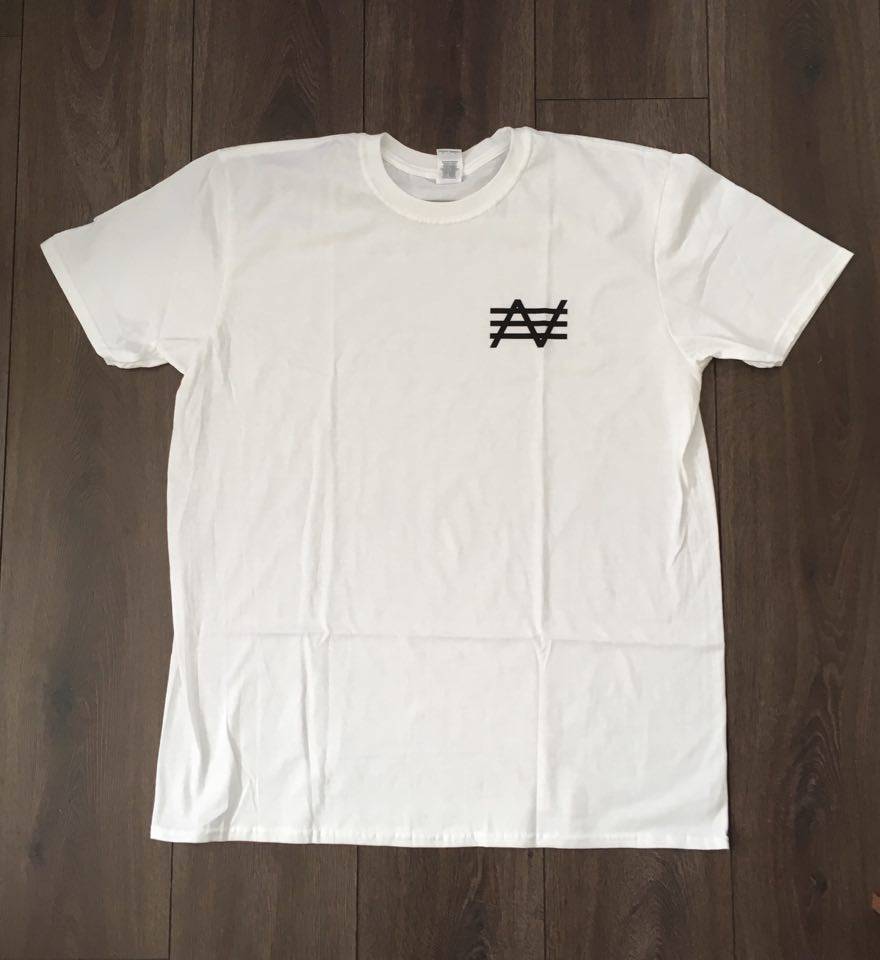 "Image of SHIRT ""SMALL LOGO"""