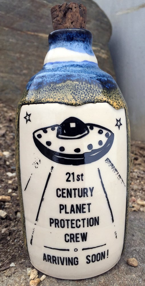 Image of Ceramic Bottle 36 - Planet Protection