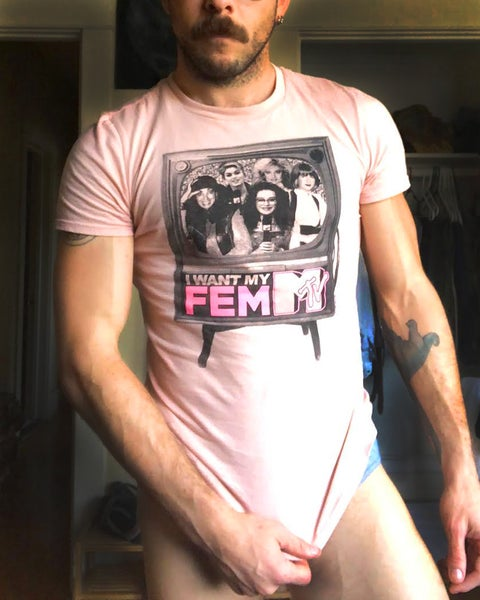 "Image of ""I WANT MY FEMME-TV"" TEE"