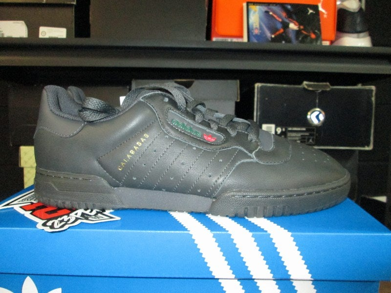 the latest 492b8 5588c ... Image of adidas Yeezy Powerphase