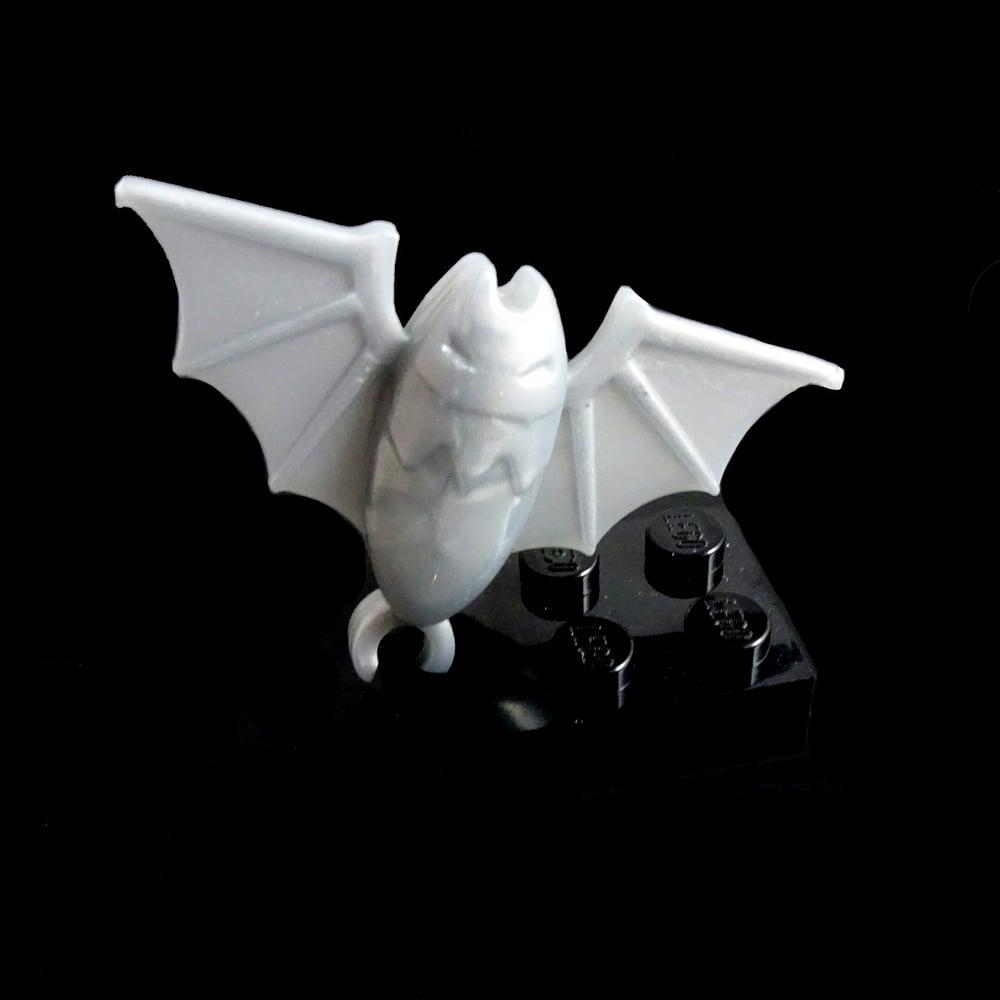 Image of Super Silver bat