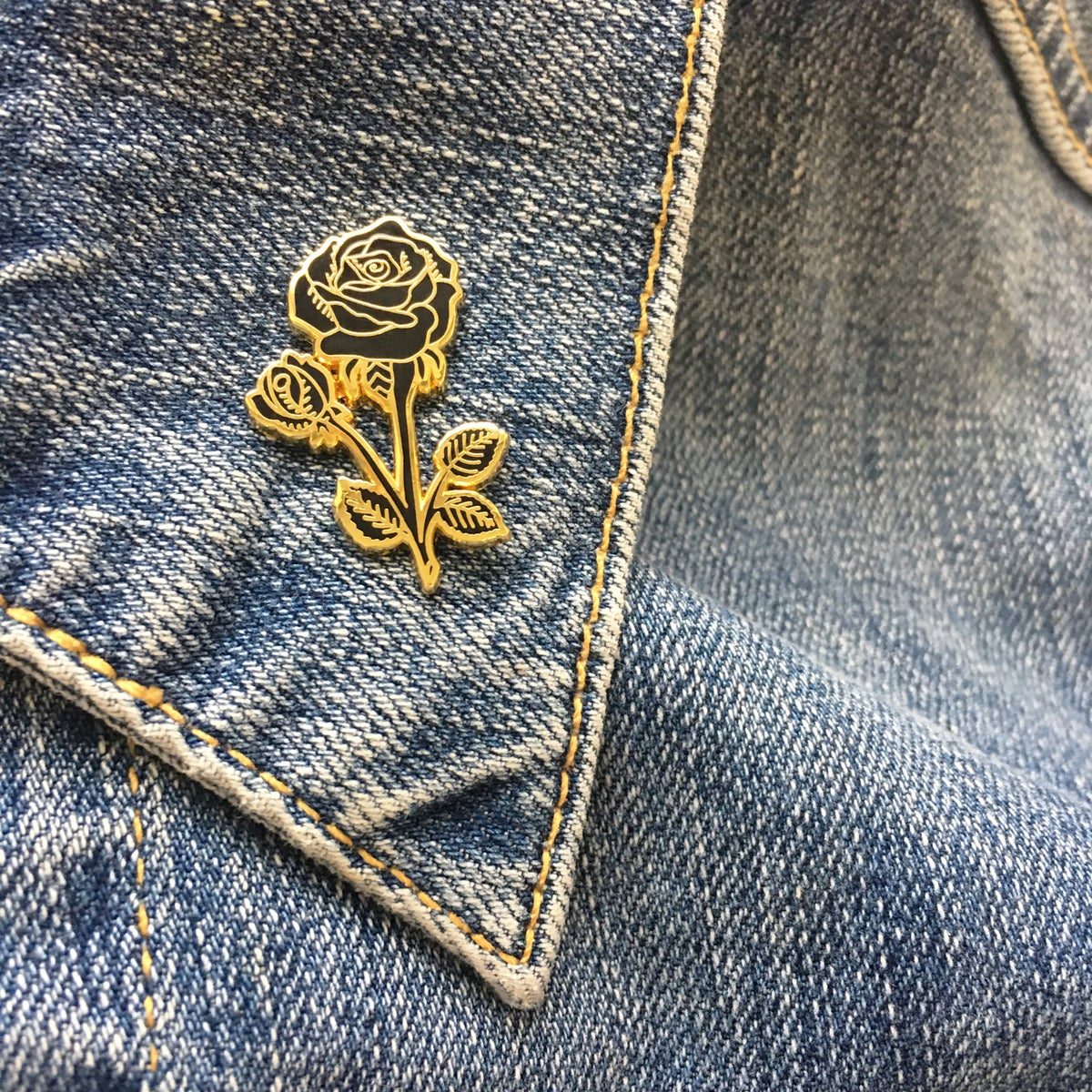 *NEW* Black and Gold Rose Pin