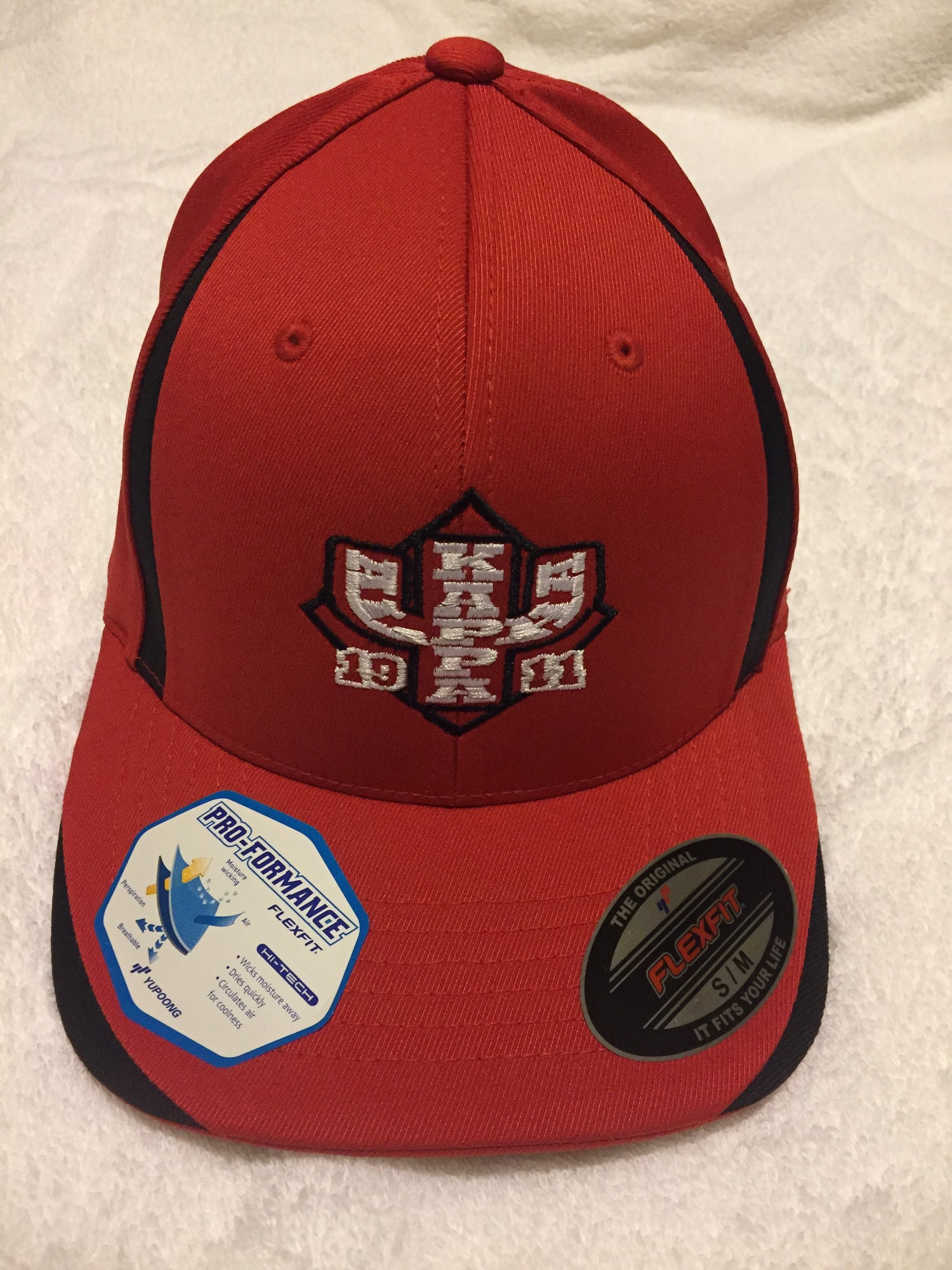 Image of IU Pro-Formance Flex Fit High Tech Cap - Red