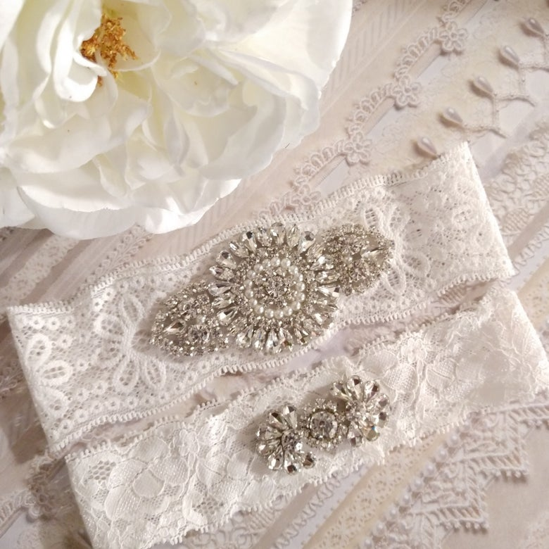 "Image of ""Angel"" Garter Set"
