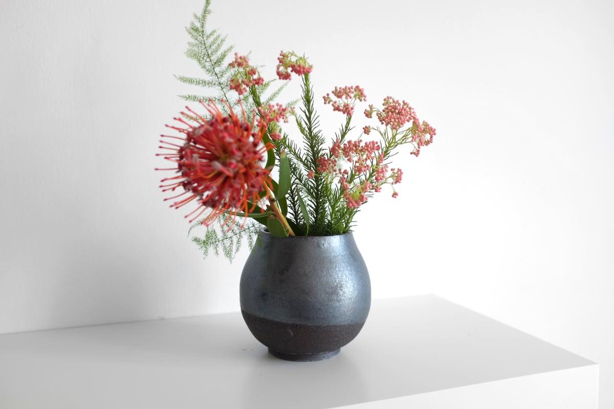 Image of Vase 16