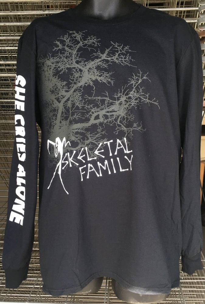 Image of LONG SLEEVE SKELETAL FAMILY T SHIRT