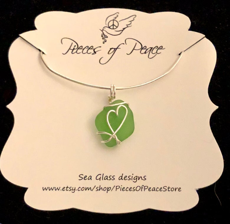 Image of Green frosty Seaglass Pendant