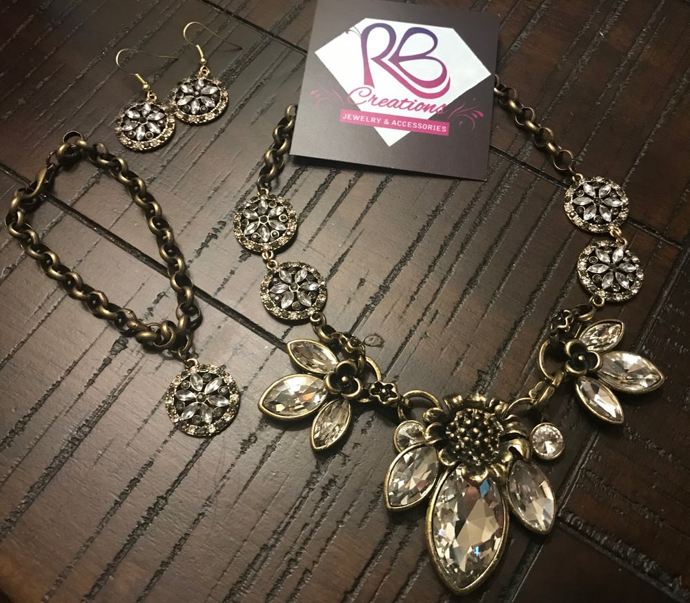 Image of Rhinestone Petal Necklace Set