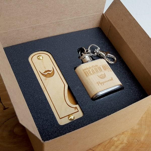 Image of Beard Comb & Beard Oil Kit - Personalized Folding Wood Beard Gift Set - Gifts for Men - Maple