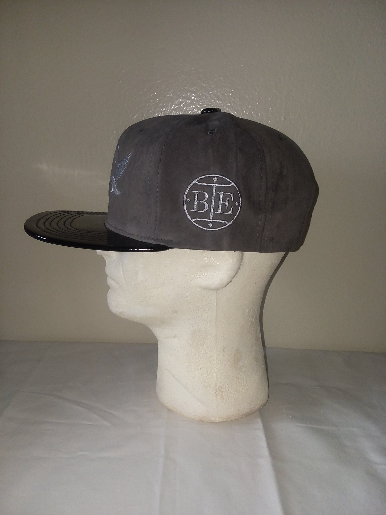 Image of BRKLYN EAGLE SILVER SNAPBACK
