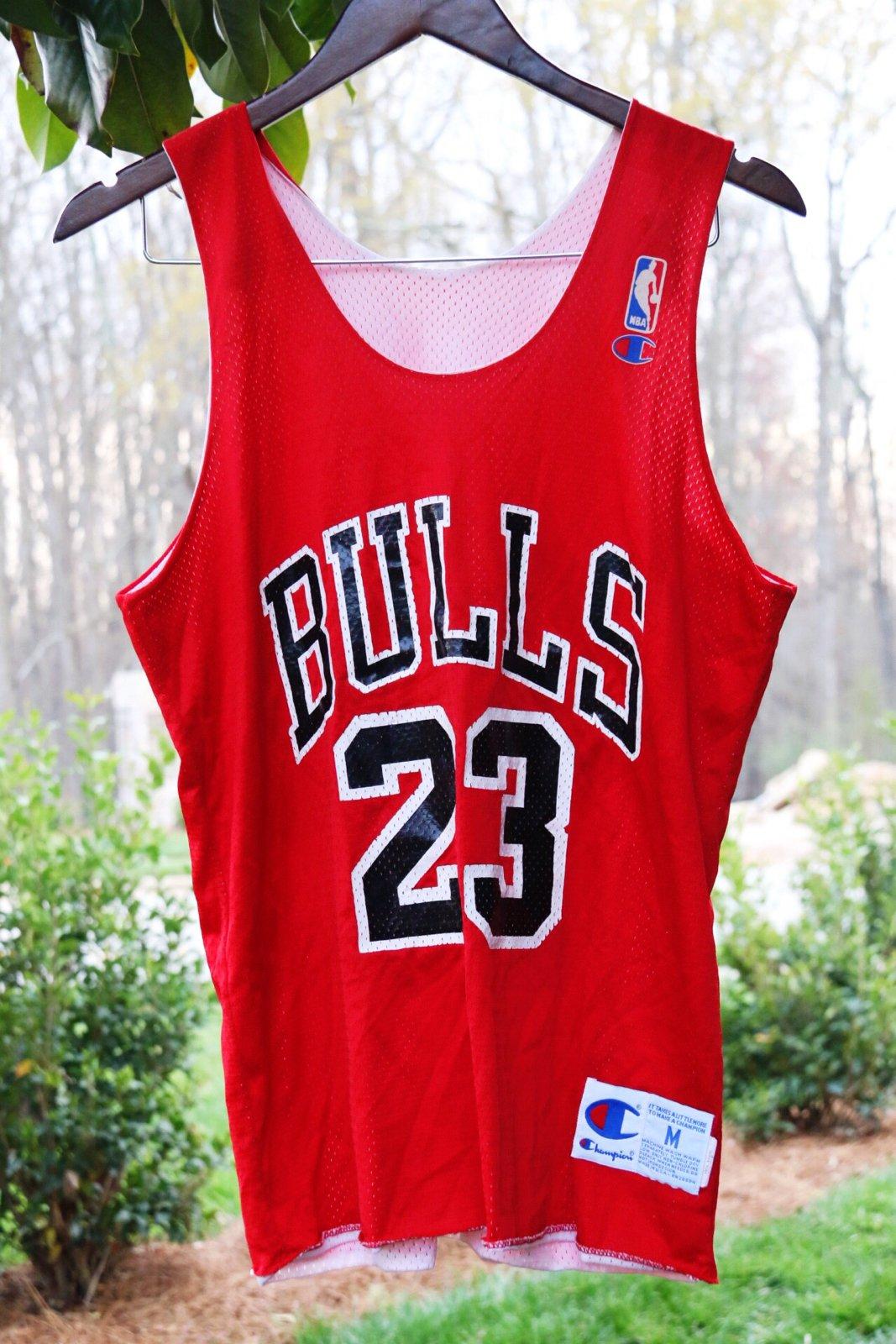 the best attitude 7f326 541d3 Rare 90's Vintage Champion Chicago Bulls