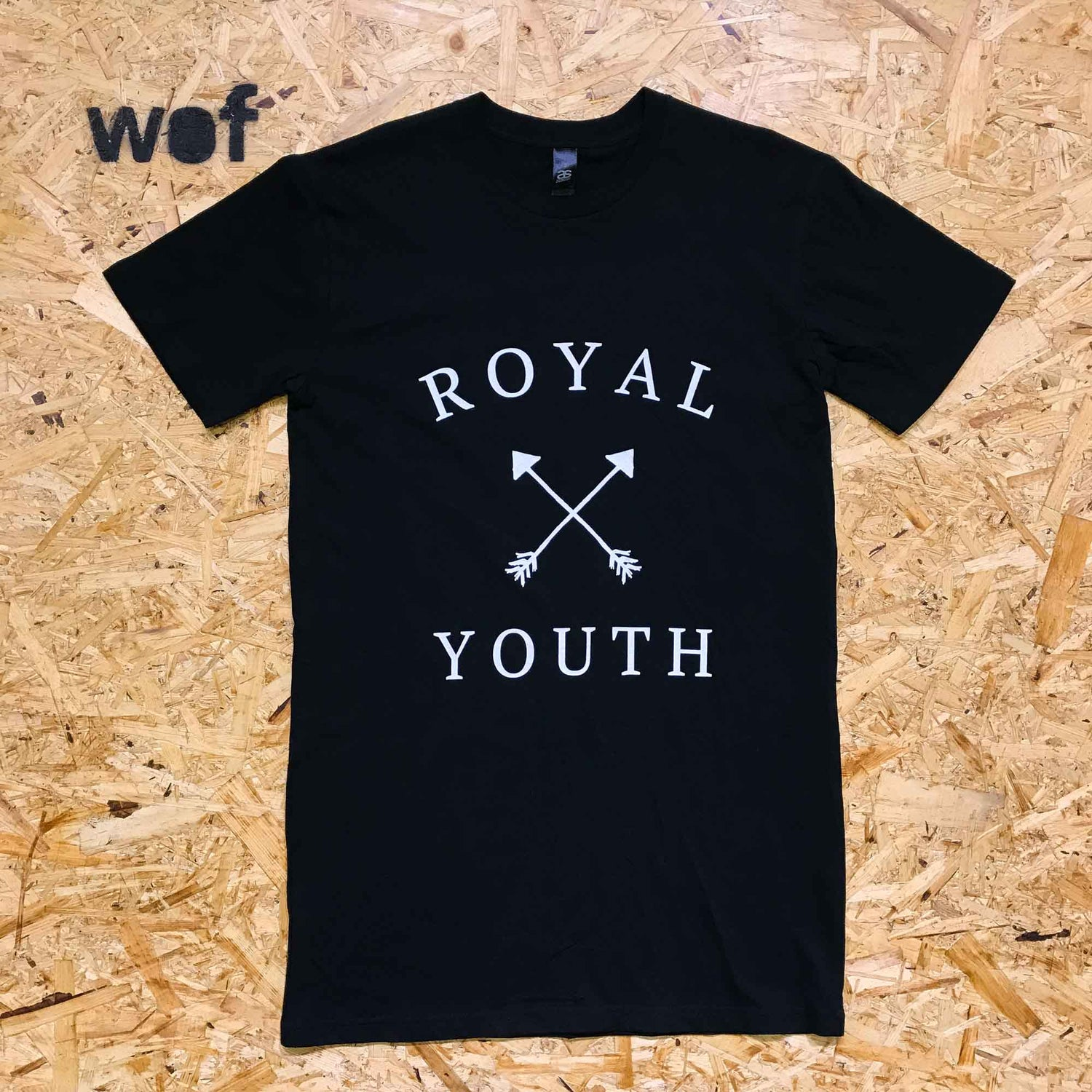 Image of Royal Youth — musta
