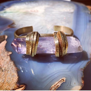 Image of VERA CRUZ AMETHYST QUARTZ large cuff #5