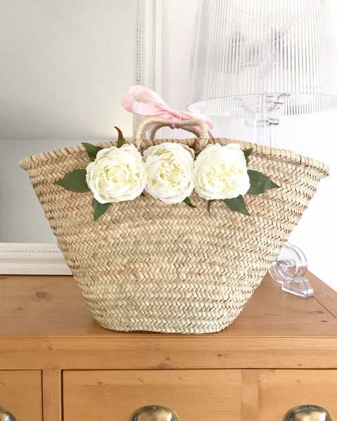 Image of Panier white peonies
