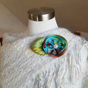 Image of Taos Sunset Rose Floral Brooch