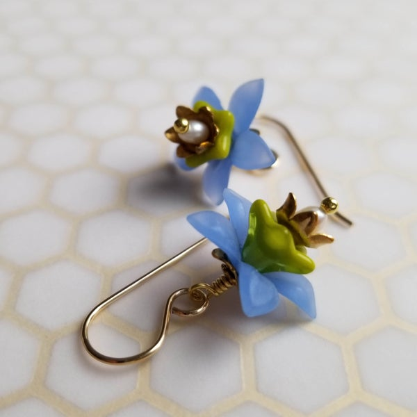Image of Periwinkle Orchid Earrings