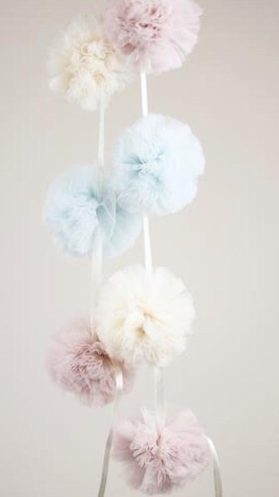 Image of Cotton candy garland Pom Pom