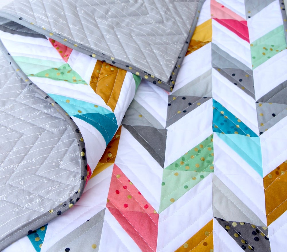 Image of Ombré Confetti Herringbone Baby Quilt