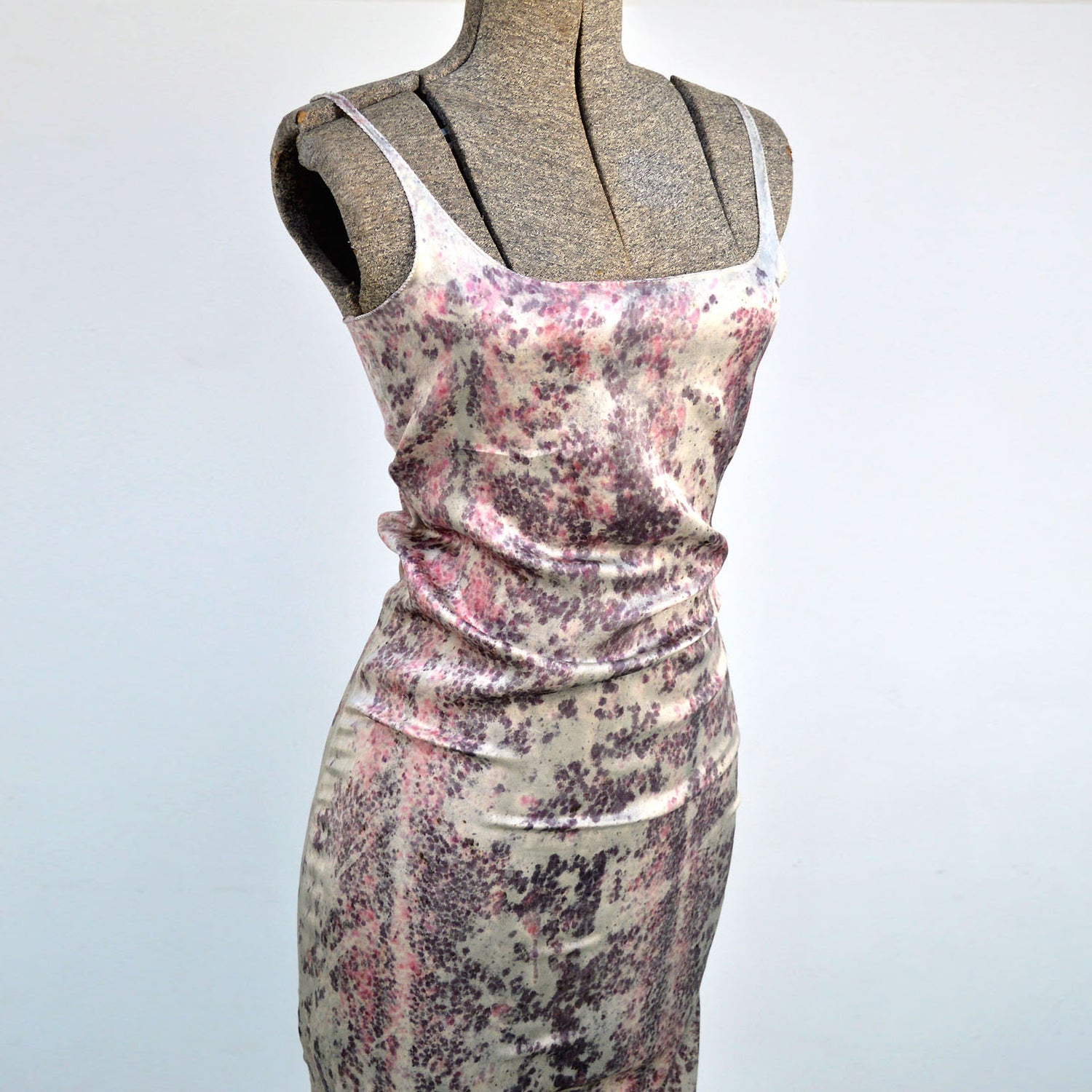 Image of raspberry mamba dress
