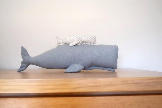 Image of FINK mumma & baby whale
