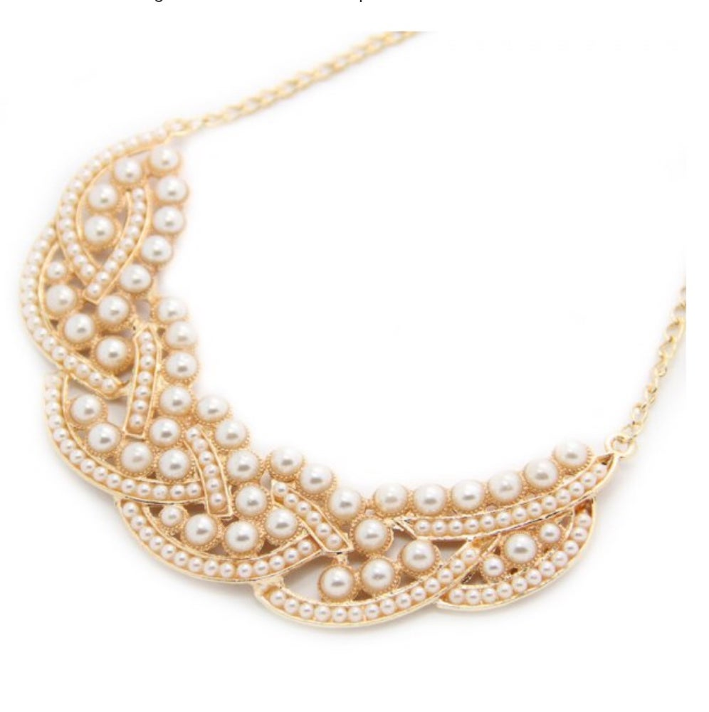 the style monaco pearls necklace pearl trove pin princess