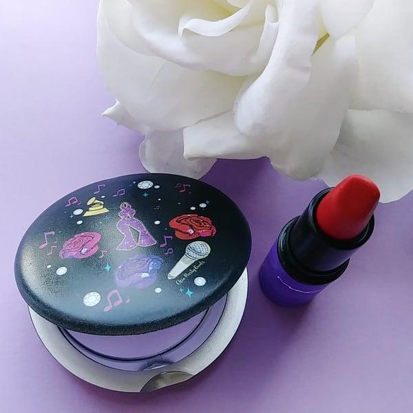 Image of Queen Pocket Mirror