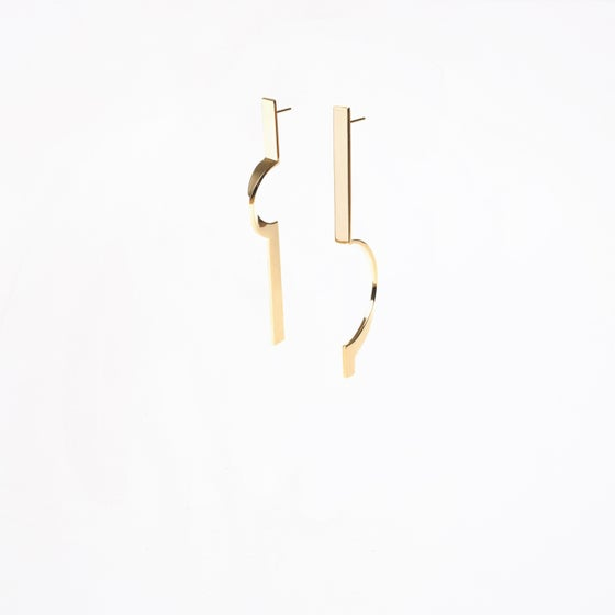 Image of ASYMETRIC PARCOURS EARRINGS