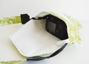 Image of Best Camera Bag For Travel 2018   Green Rain Slicky Camera Coat