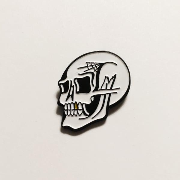 Image of Skull Lapel