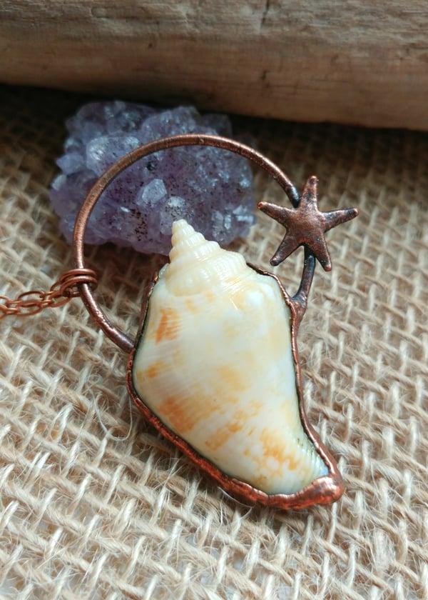 Image of Seashell + Starfish Pendant