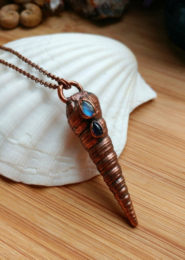 Image of Iolite + Rainbow Moonstone Seashell