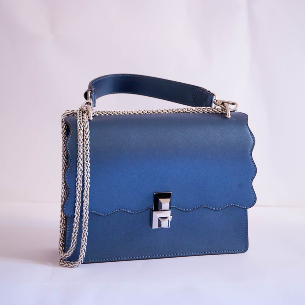 Image of Antonia Bag | Blu metallizzato