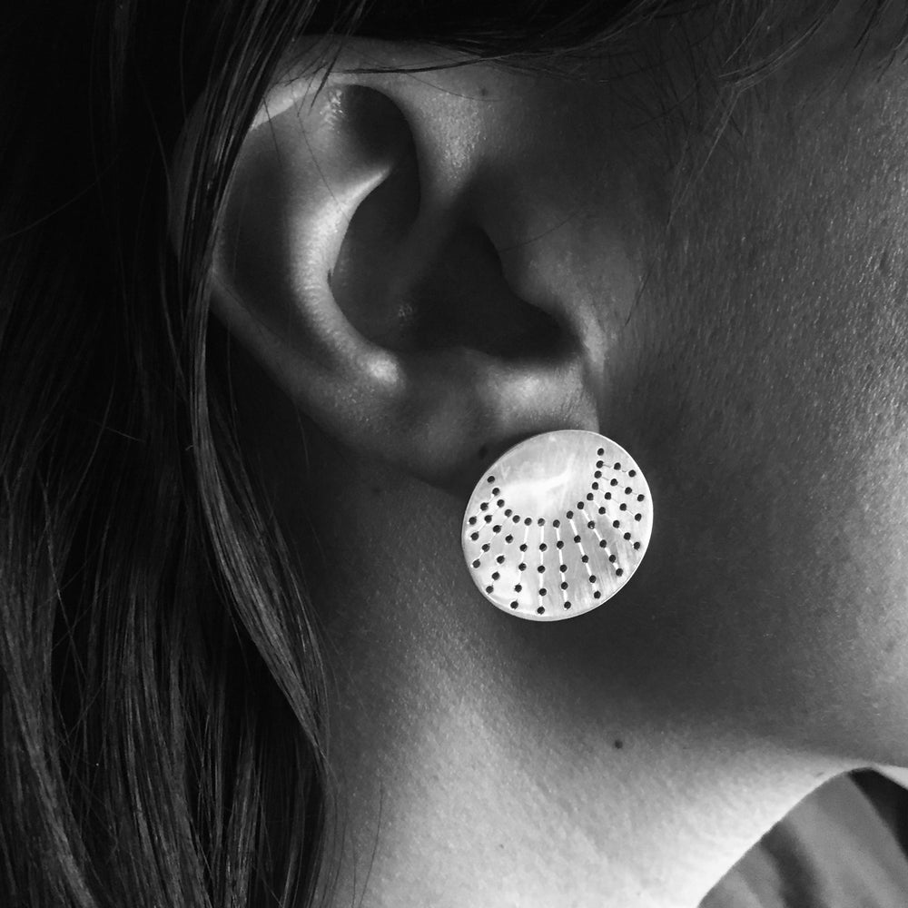Image of Ray Stud Earrings