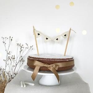 Image of FANION top cake