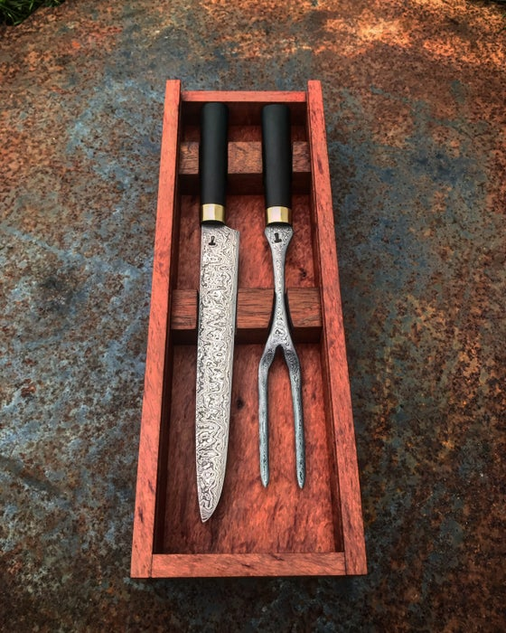 Image of Damascus steel carving set in timber box