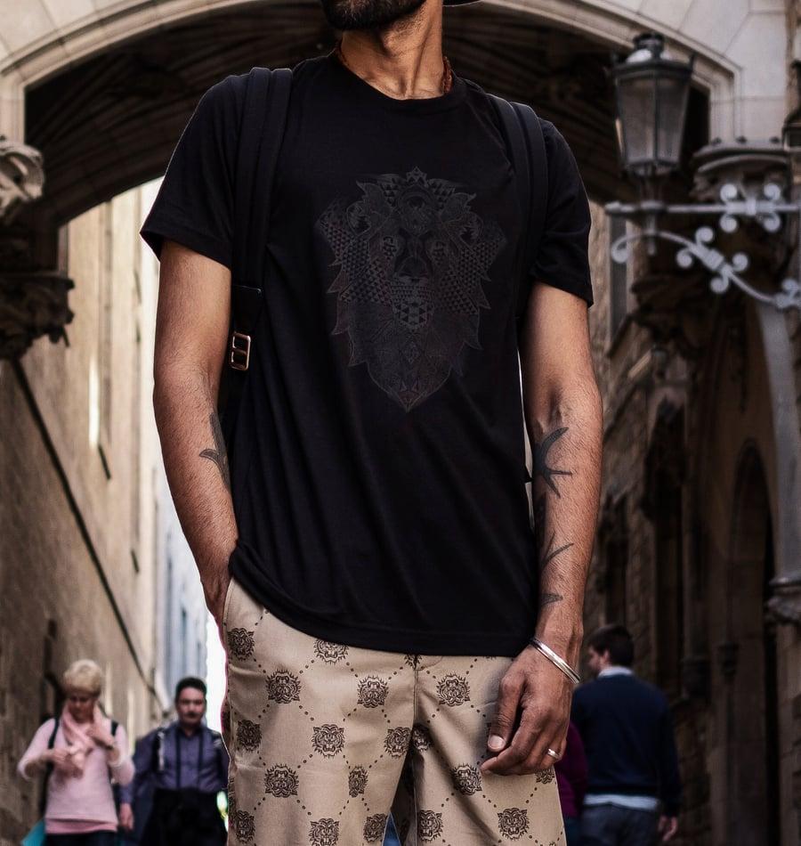 Image of BLACK ON BLACK LION - Unisex T-shirt