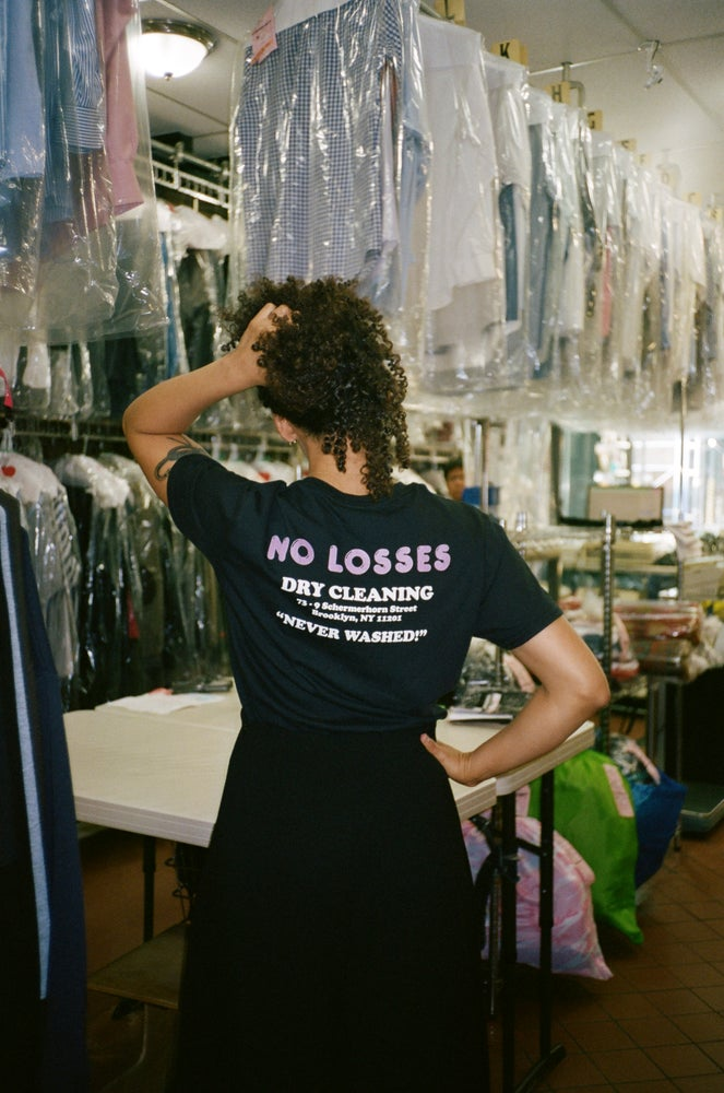 "Image of NO LOSSES ""DRY CLEANING"" TEE - BLACK"