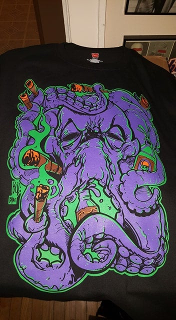Image of 2 MANY BLUNTS OCTOBLUNTS T SHIRT (IN STOCK)