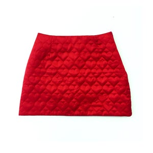 Image of SWEETHEART MINI SKIRT (CHERRY RED)