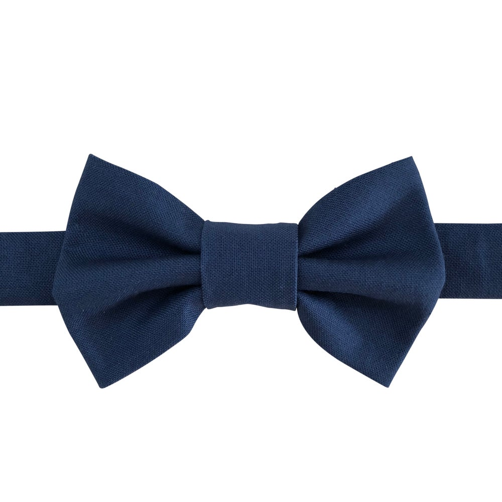 Image of windsor bow tie