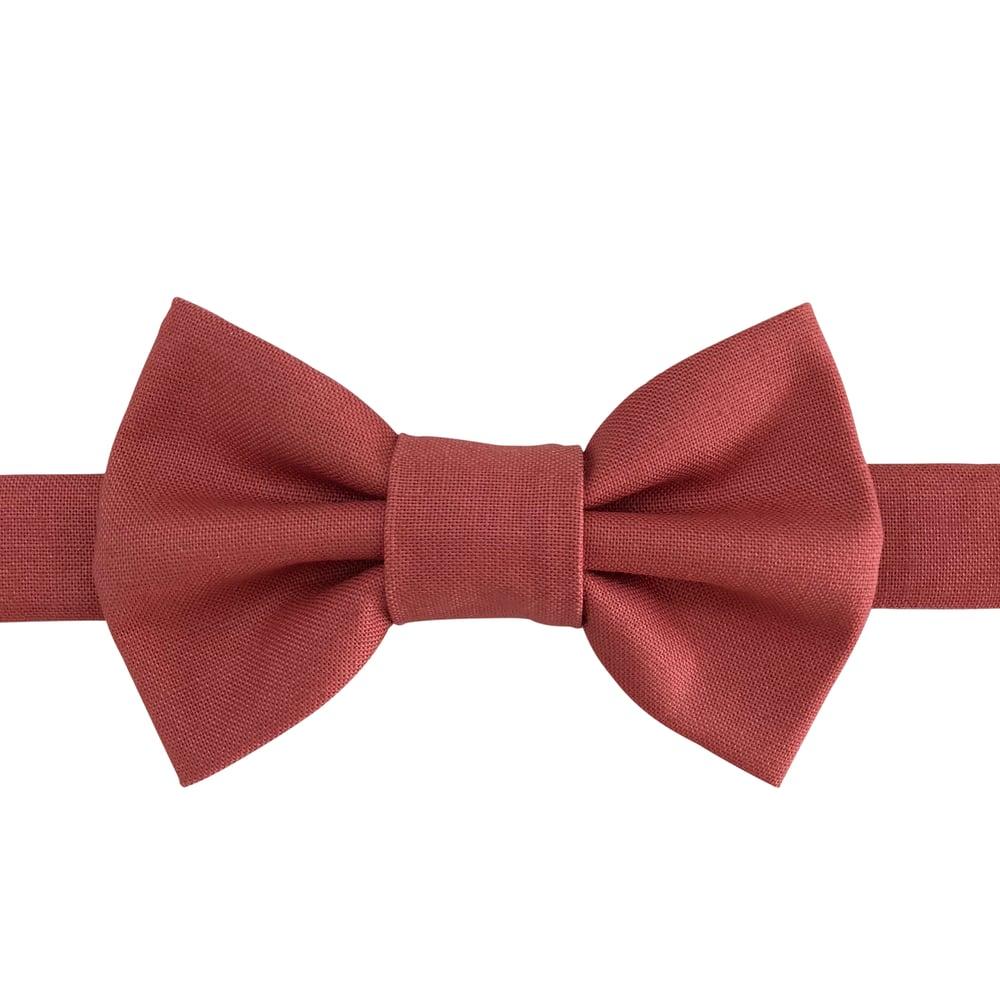 Image of senna bow tie