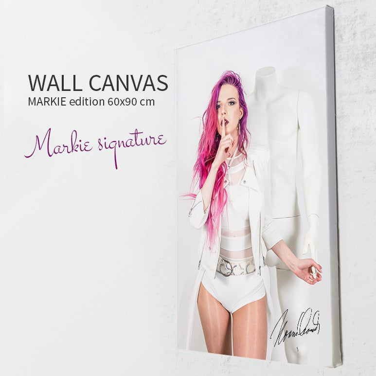 Image of Markie Signature wall canvas (60x90 cm)