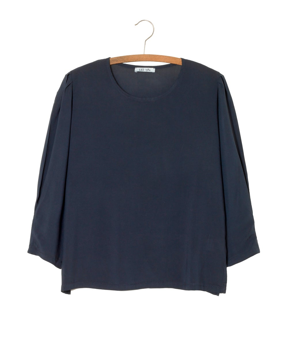Image of Top Yves uni 85€