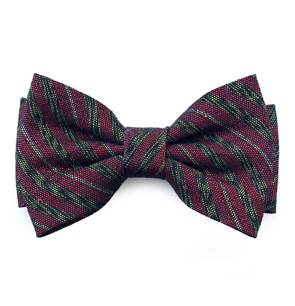 Image of Burgundy stripes pre-tied bow tie